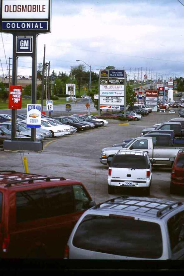 h.OuterStripNewmarket1990sweb